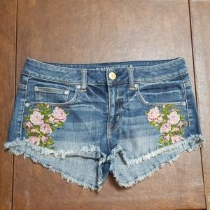 American Eagle Flower Embroidery Denim Short